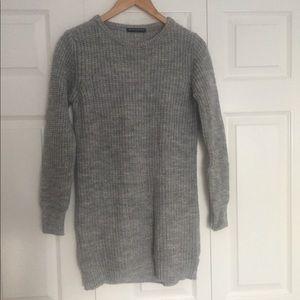 Extra long cozy Brandy Melville knit sweater 🍂